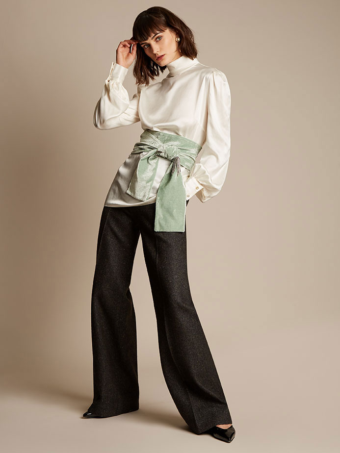 Styled by Alexandra Carl.Look 12/12.